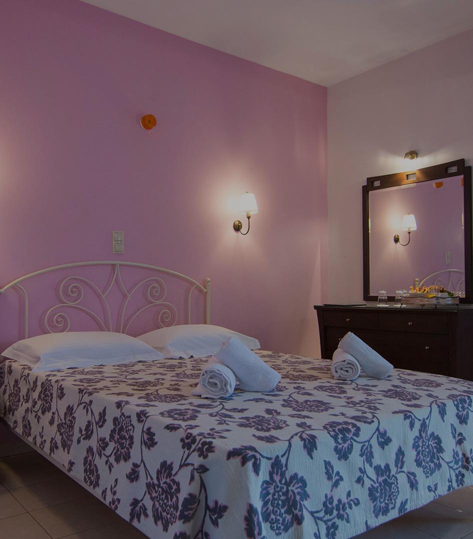 Hotel Rihios Τρίκλινα Δωμάτια στον Σταυρό